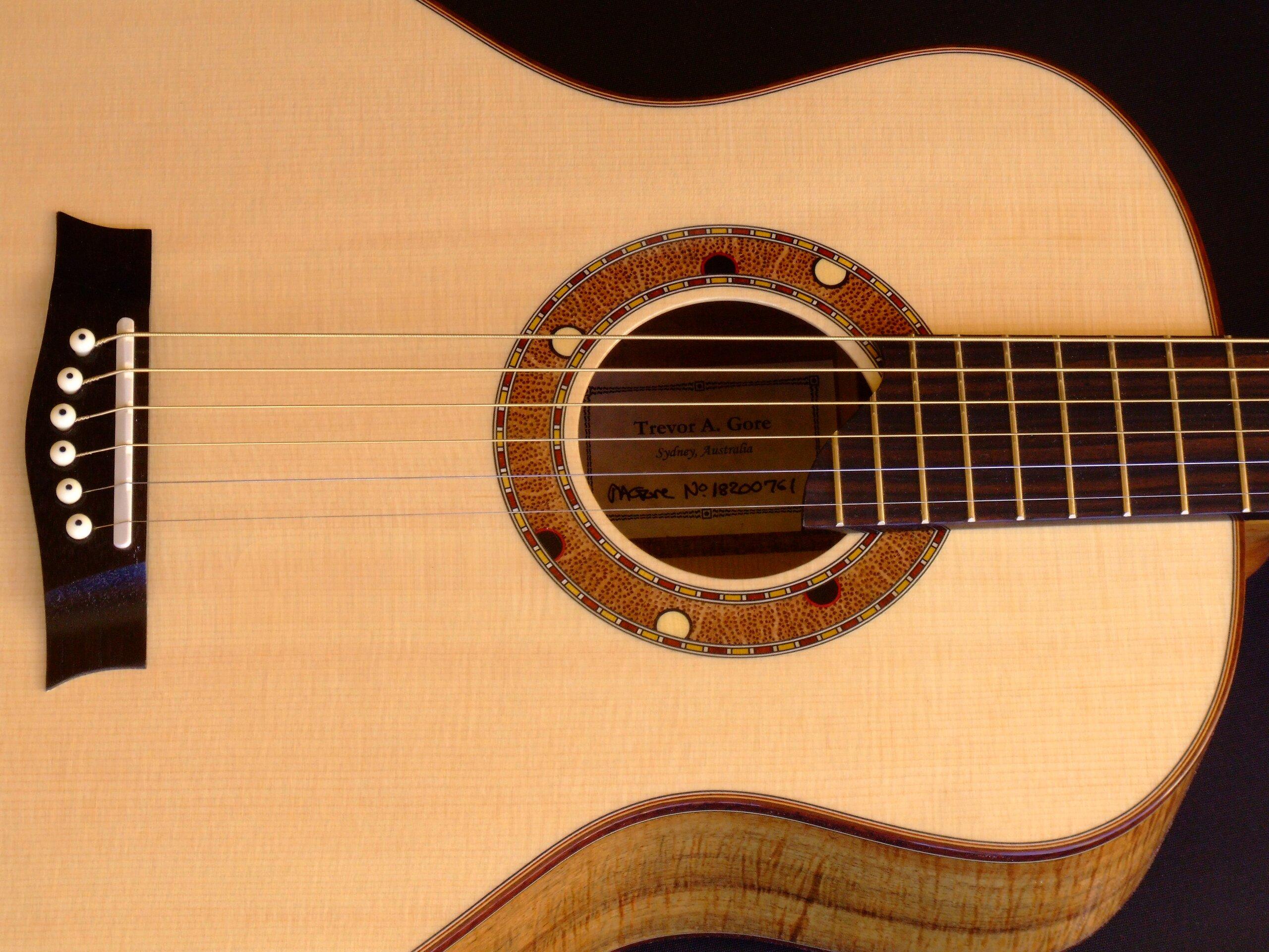 Australiana decoration on a medium retro guitar