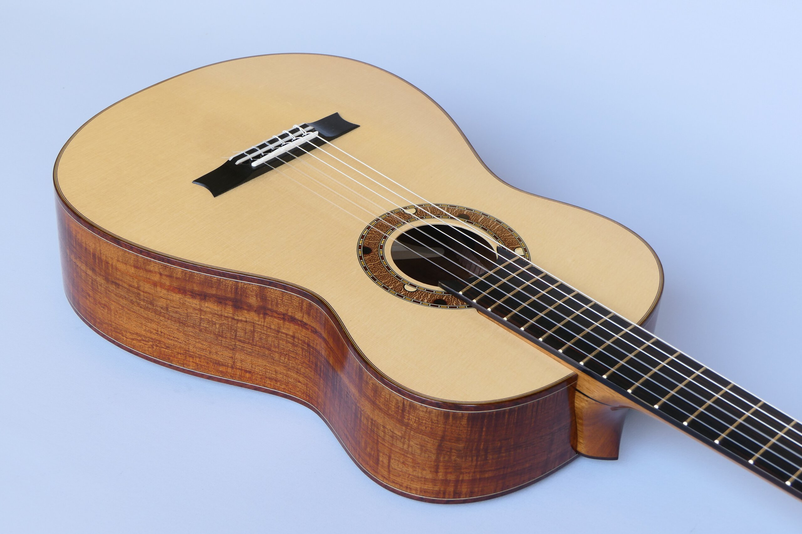 Small body classical guitar