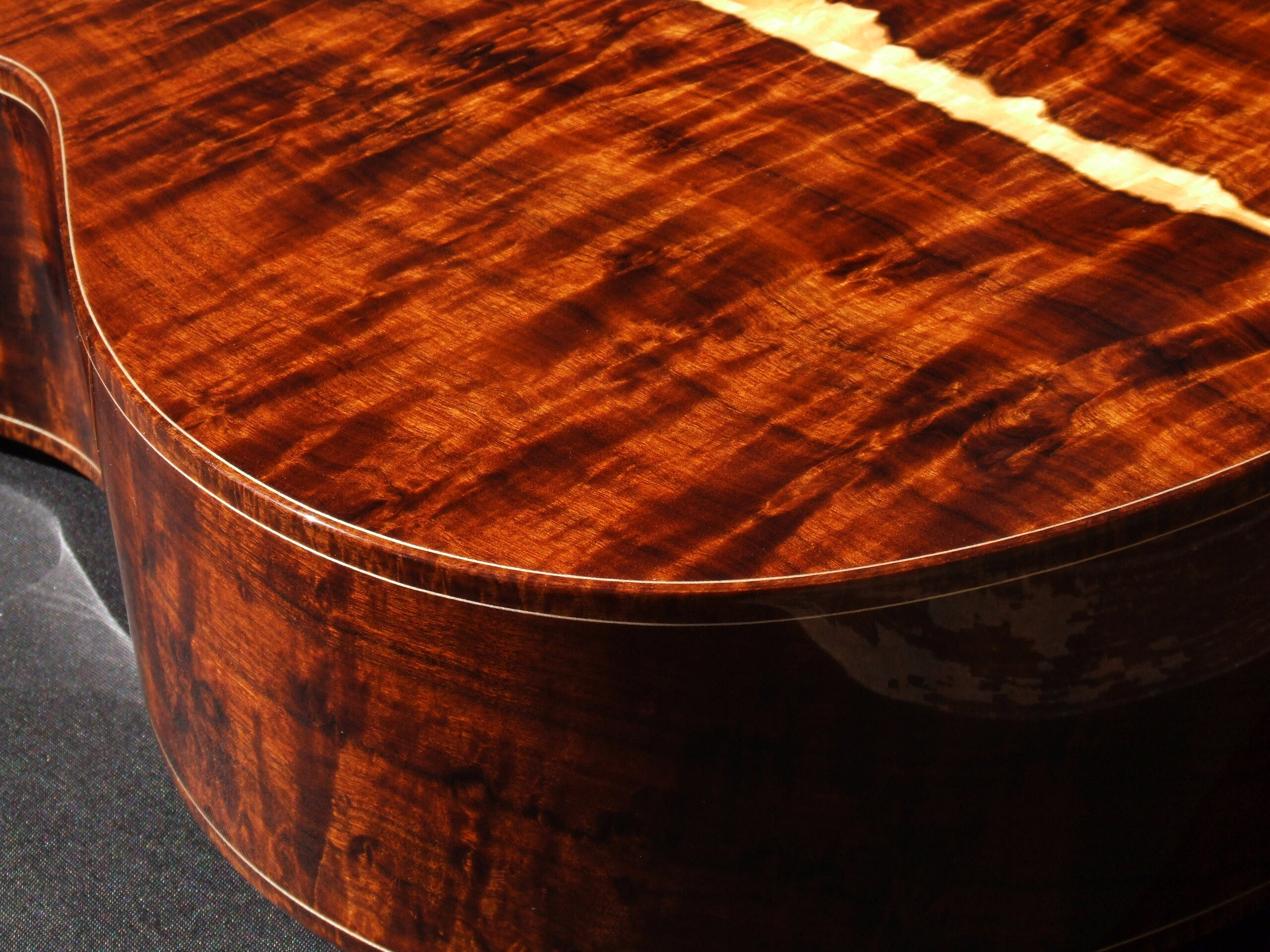 Gore classical guitar with highly figured Gidgee back and sides